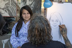 Arte callejero (Ramiro Francisco Campello) Tags: argentina bahiablanca artista artesano eyes retrato portrait street art streetart urbanartist portraitist greeneyes beatifulgirl paint