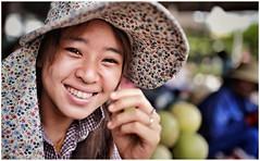 「C'est La Vie」 (cisco image ) Tags: vietnam people soul presenze canon eos6d sigma 35mm art smile soulandsound portrait ritratto street