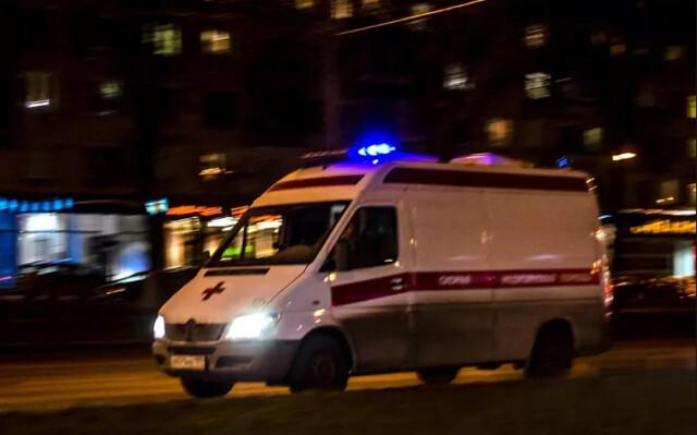 ВСызрани ребенок выпал изокна 2-го этажа и достаточно серьезно пострадал