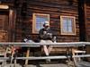 Zeichnen auf der Blaikenalm (im_fluss) Tags: raumoberbayern andreas blaikenalm alpbachtal zeichnen malblock sketchbook hütte alm tisch wanderstöcke hiking paus break berge österreich austria mountains drawing chalet skizzenbuch