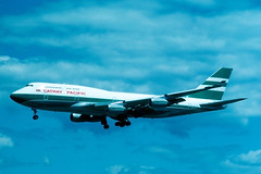 VR-HUE_747-467_CPA_CYVR_0753 (Mike Head - Jetwashphotos) Tags: boeing 747 747400 747467 cx cpa cathaypacific yvr cyvr vancouverinternationalairport bc britishcolumbia canada westerncanada westernregion