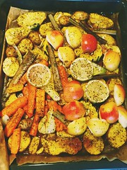 Herbstblech (sowhat63) Tags: karotten fenchel mangold äpfel kartoffel zitrone knoblauch ingwer salz pfeffer kräuter olivenöl