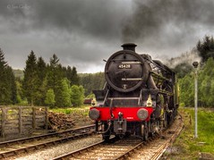 45428 (Ian Gedge) Tags: england uk britain yorkshire northyorkshire levisham steam train engine railway tracks