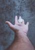 LEVITATE 3/3 (juliano.fchaves) Tags: canon eos rebel t3 58mm f2 zenit colors levitate urban focus foco levitar macro details detalhes 1100d styles estilos hands mãos air ar gray cinza