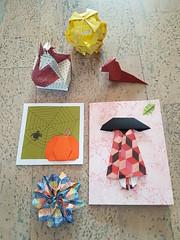 Origami 10 (Marjan 8) Tags: paper origami paperfolding card doosje box broche brooch kusudama hondje dog