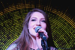 Catherine McGrath ~ Cambridge Audio HQ ~ London ~ England ~ Tuesday 24th October 2017. (law_keven) Tags: catherinemcgrath countrymusic music livemusic singer woman girls stage london england irish photography gigphotography musicphotography