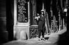 DSCF5930 (靴子) Tags: 街拍 人 光影 黑白 單色 歐洲 西班牙 巴塞隆納 街道 城市 bw bnw city people street streetphoto