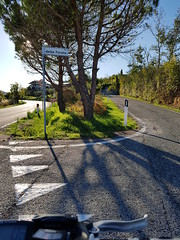 Faetano, San Marino (ilpiubello) Tags: bicicletta bike bicycle cycling pedalando mountainbike smartphonecycling photocycling faetano sanmarino rsm repubblicadisanmarino wrongway street forate