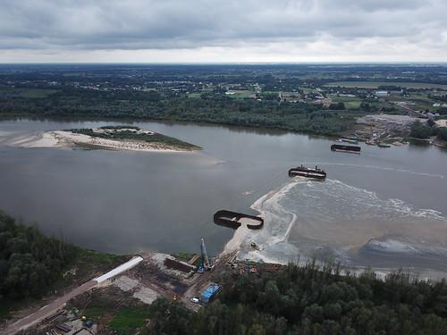 Budowa Mostu Południowego z wschodniego brzegu Wisły (22.09.2017) z powietrza