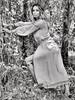 La bella........nel bosco (ioriogiovanni10) Tags: fille bois modèle blackewhite monotone modella fashion face eyes fotografia coolpix nikon ragazza bosco monocromatico girls biancoenero