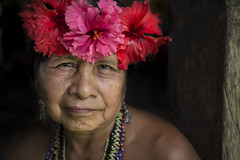 Embera woman (Paolo Cinque / www.paolocinque.it) Tags: emberà woman retrato portrait tribe tribes poor panama panamà centroamerica america beautiful people perfect wonderful stunning awesome great fantastic terrific composition photo photography photographer pic picture image shot sight sightseeing travel traveler traveller traveling travelling eyes smile visit visiting tour trip tourist tourism travelphotography journey jungle adventure riochagres embera panameño panameña panamanian canon canon6d reflex flickr camera lens dslr