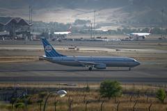 "KLM Boeing 737-8K2(WL) ""Retro"" (PH-BXA) © (CAUT) Tags: spotting spotter planespotting aircraftspotting avion aircraft plane flugzeug aviacion aviation 2016 caut airport aeropuerto aeroporto flughafen aeronautico mad lemd madrid españa spain madridbarajas barajas nikon nikond610 d610"