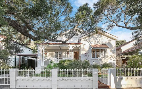 5 Browns Av, Enmore NSW 2042