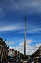 The spire in O'Connell St. Dublin. (Eddie Crutchley) Tags: cruise2017norwayicelandireland europe ireland dublin outdoor cityview blueskies streetview monument