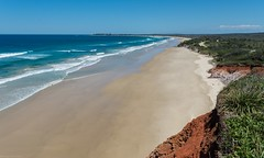 Red Cliff to Broom's Head (dustaway) Tags: beachscape landscape shore redcliff greycliff broomshead coralsea southpacificocean mainbeach yuraygirnationalpark nationalparksandnaturereserves northcoast nsw australia australianlandscape