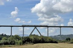 AL CENTRE (Andreu Anguera) Tags: tren electrico ave galicia oeixo viaducto serie121 ourenseacoruña andreuanguera