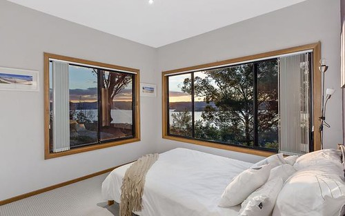 21 Marilyn Pde, Green Point NSW