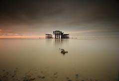 Brighton West Pier (jaume vaello) Tags: nikond7200 nikon sigma1020 kenko kenkond400 leefilters leend09 mar manfroto largaexposición longexposure brighton inglaterra jaumevaello viajes