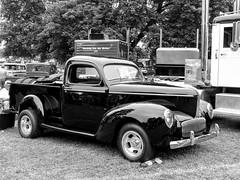 1941? Willys Pickup Truck (J Wells S) Tags: 1941willyspickuptruck streetrod hotrod willys antiquetruck vintagetruck historictruck showtruck blackandwhite bw monochrome atca antiquetruckclubofamerica macungietruckshow macungie pennsylvania macungiememorialpark chrome truck camiones lorry vehicle
