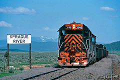 Never thought I would see this (C.P. Kirkie) Tags: oregoncaliforniaeastern ocerailway oce denverriograndewestern drgw southernpacific sp klamathcounty railroads trains timberindustry emd gp40 abandonedrailroad salvage