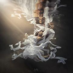 Rachel (wesome) Tags: adamattoun underwaterphotography underwaterportrait ikelite