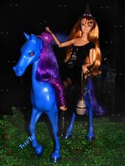 🎃🌜👻Essa menina adora um Halloween...👻🎃🌛 (FranBoy Monteiro) Tags: doll dolls toy toys boneco bonecos boneca bonecas cute pretty beauty love amor fashion fashionista fashionistas moda outfit clothes look model models gay gayguy guy boy fun diversão cool handsome awesome barbie ken handmade diy halloween poppy parker mh monster high monsterhigh horse nightmare