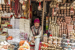 Shop @ Varanasi (Well-Bred Kannan (WBK Photography)) Tags: wbkphotography wbk kannanmuthuraman kannan nikon nikond750 d750 india indian weekendwalk incredibleindia travelphotography travel traveler boat ganges ganga river kashi kasi varanasi sadhus uttarpradesh ghatsofvaranasi holyplace holyriver water people hindus hinduism rituals streetsofvaranasi