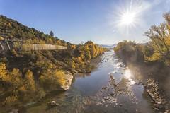 Río Ara a su paso por Boltaña (kinojam) Tags: river water otoño autumn fall sol sun pirineos huesca boltaña kino kinojam canon canon6d color