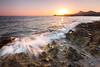 Atardecer en Calblanque (J. Cuenca) Tags: atardecer agua rocas playa murcia cartagena canon canon6d mar arena sol olas calblanque