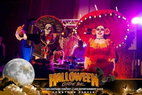 """Halloween Costume Ball 2017 • <a style=""""font-size:0.8em;"""" href=""""http://www.flickr.com/photos/95348018@N07/38077675941/"""" target=""""_blank"""">View on Flickr</a>"""