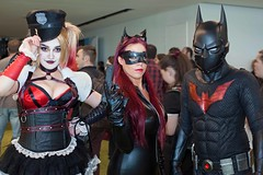 Villains and Heroes (l plater) Tags: harleyquinn catwoman dccomics 2017ozcomiccon darlingharbour sydney cosplay batmanbeyond
