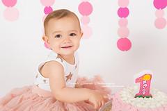 Piccoli Ricordi Photography - Cake Smash Portfolio (piccoliricordiphotography) Tags: cake smash cakesmash smashcake torta compleanno primo first birthday olivia piccoli ricordi photography pink rosa set cerchi festoni