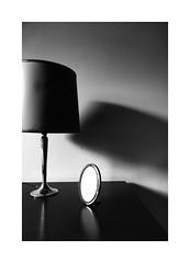 (Antonio Gutiérrez Pereira) Tags: antoniogutierrezfotografia dinamocoworking blancoynegro blackandwhite soledad luz sombras