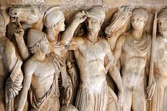_le_louvre_sculpture_77b77 (isogood) Tags: paris louvre france art palace baroque rococo paintings museum architecture sculptures