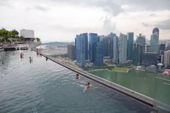 Dachpools in Singapur (Christian Jena) Tags: marina bay sands hotel singapore infinity pool singapur