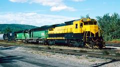 4002_9_25 (8)_crop_clean (railfanbear1) Tags: dh nysw