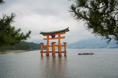Miyajima Torii (aeschylus18917) Tags: danielruyle aeschylus18917 danruyle druyle ダニエルルール japan 日本 pxt hiroshima 広島 28300mm gate 鳥居 miyajima 宮島 boat sea ocean scenery landscape
