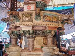 Mumbai 2015 (hunbille) Tags: india mumbai bombay birgittemumbai2lr crawford market crawfordmarket victorian historic bazaar mahatma jyotiba phule mandi mahatmajyotibaphulemandi fruit poultry john lockwood kipling johnlockwoodkipling fountain