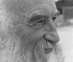 """Chausse Tes Tongs 2017"" (The Blue Water Lily's Company) Tags: fdrouet nb bw monochrome monochrom film analog ilford nikon chaussetestongs festival portrait retrato patrickewen bretagne brittany breton"