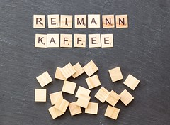 Kaffee-Familie Reimann sind die reichsten Deutschen (marcoverch) Tags: noperson keineperson text business geschäft desktop education bildung paper papier cube würfel sign schild alphabet display anzeigen symbol finance finanzen illustration shape gestalten wood holz abstract abstrakt texture textur solution lösung achievement leistung conceptual begrifflich konzeptionell animals deutschland bicycle españa auto hair cityscape family la noiretblanc