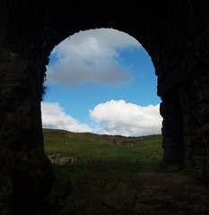 Through The Arch @ Toft Gate Lime Kiln, Harrogate, North Yorkshire , UK (Columbiantony Photography) Tags: toftgate limekiln toft gate lime kiln toftgatelimekiln harrogate northyorkshire uk arch sky history nidderdale