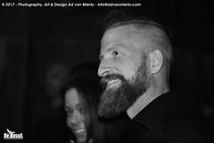 2017 Bosuil-Het publiek bij Ian Siegal 14-ZW