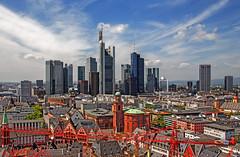 FRANKFURT (01dgn) Tags: frankfurt frankfurtammain mainhatten hessen sky clouds germany deutschland almanya colors travel skylines city urban