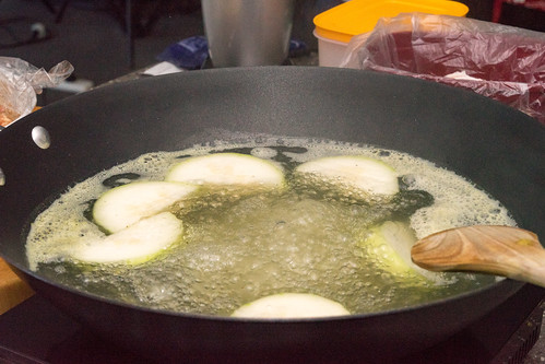 Cooking nude wonton and hairy melon