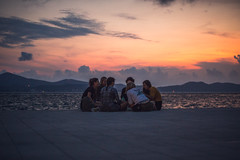 The sunset chat (Cortez_CRO) Tags: zadar zadarskažupanija croatia hr girl girls chat chatting sunset hrvatska 2017 adriatic sea jadran jadransko more ngc