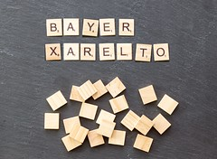 Bayer-Aktie nach vorzeitigem Ende von Xarelto-Studie im Minus (marcoverch) Tags: noperson keineperson business geschäft text paper papier desktop sign schild display anzeigen education bildung alphabet cube würfel symbol finance finanzen illustration texture textur achievement leistung abstract abstrakt conceptual begrifflich wood holz shape gestalten number nummer konzeptionell fujifilm pentax flickr berlin halloween duck pet feet spring scotland