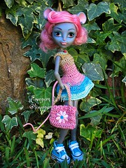 (Linayum) Tags: monsterhigh monster mh mouscedesking mattel doll dolls muñeca muñecas toys toy juguetes ganchillo crochet handmade linayum