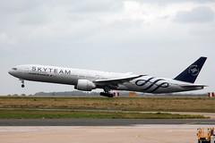 F-GZNT Boeing 777 CDG 060917 (jbsollentuna) Tags: fgznt boeing777 airfrance