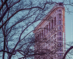 (RaffaLUCE) Tags: flatironny nyc manhattan newyorkcity flatironbuilding thebigapple travelphotography