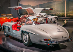 Mercedes-Benz 300 SL Coupé 1954 - 1957 (Imagonos) Tags: auto automotivecomposites automobil autobauer autohersteller automobilindustrie automotiveindustry autoindustrie ausstellung associationoftheautomotiveindustry benzin car coche dslr d800 deutschland europa europe exhibitionenvoiture fahrzeug germany historisch historic imagonos internationalautomobileexhibition karosserie kraftfahrzeug kfz nikon nikkor nikonafsnikkor2470mm128ged oldtimer oldie oldstyle indoor portrait pkw slr show stillcamera sachfotografie sportauto sportwagen sportscar transport transportsystems ves vehicles verkehr voiture veranstaltung vintage worldcars wagen
